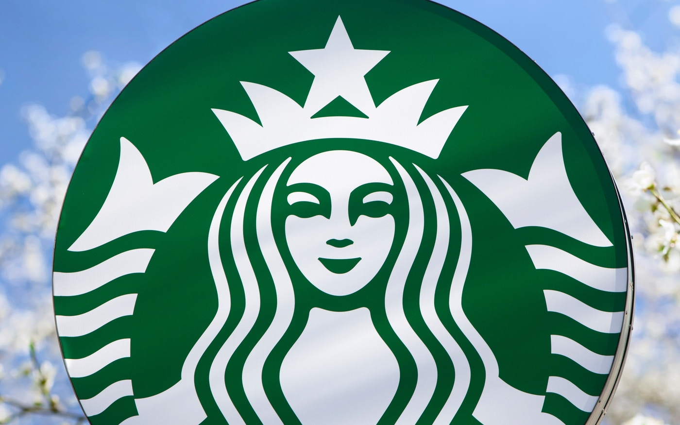 Updated Starbucks siren logo