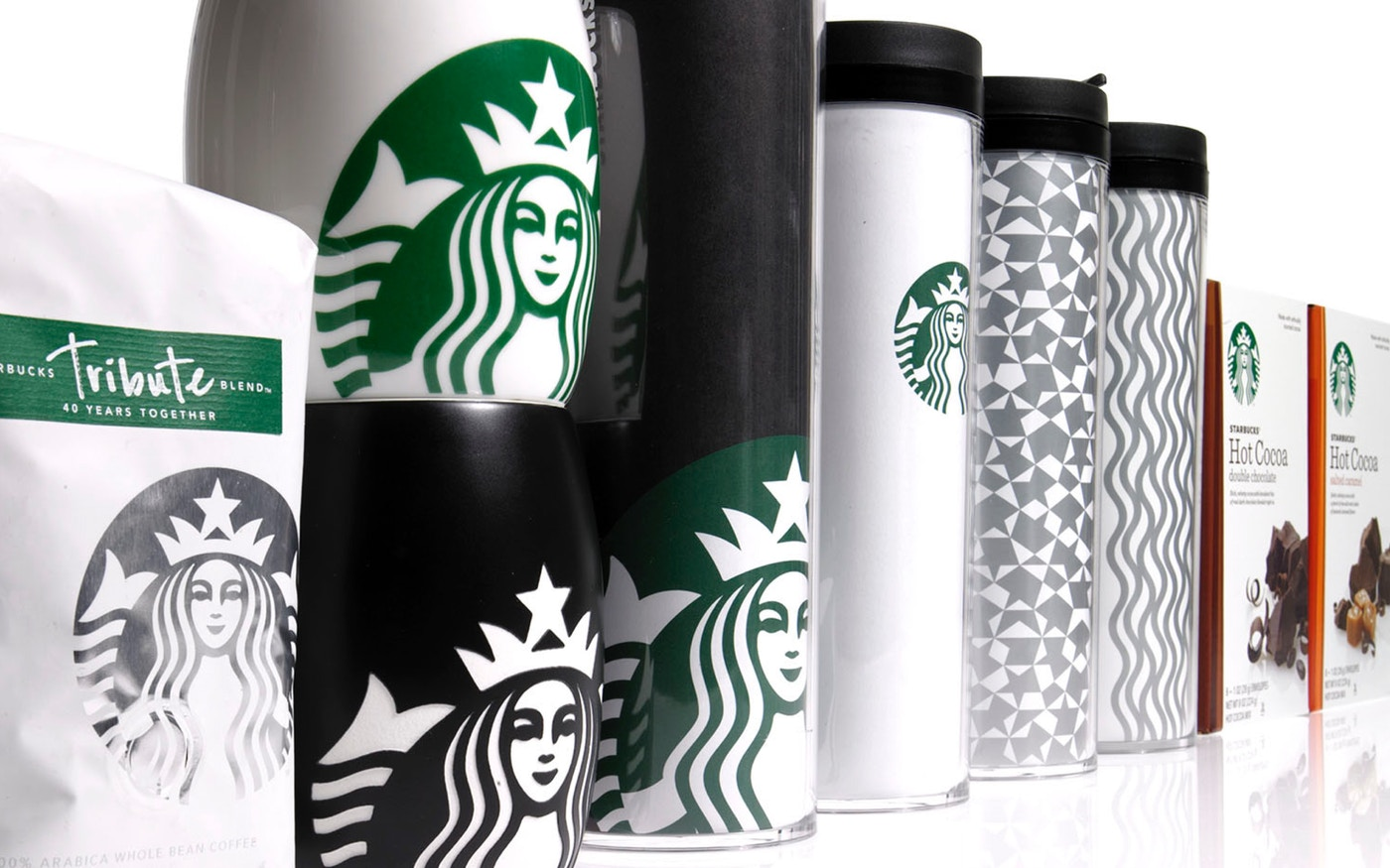Starbucks visual identity on mugs