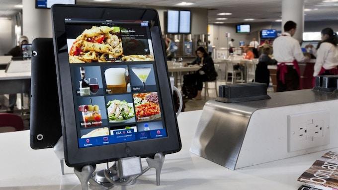 Delta Airlines terminal restaurant