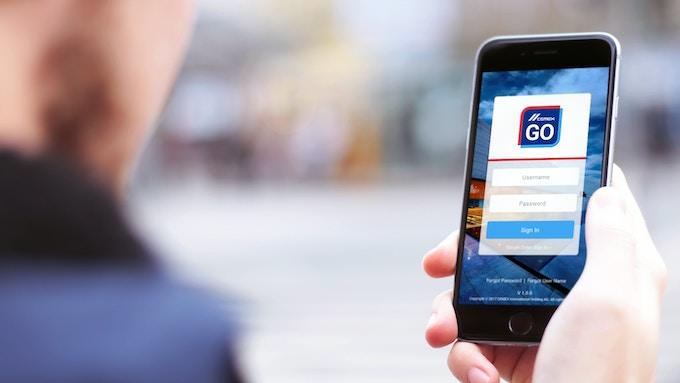 consumer using app
