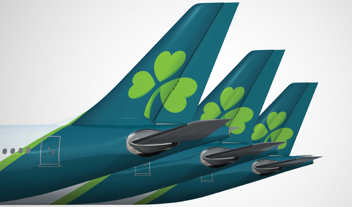 Aer Lingus livery with new logo