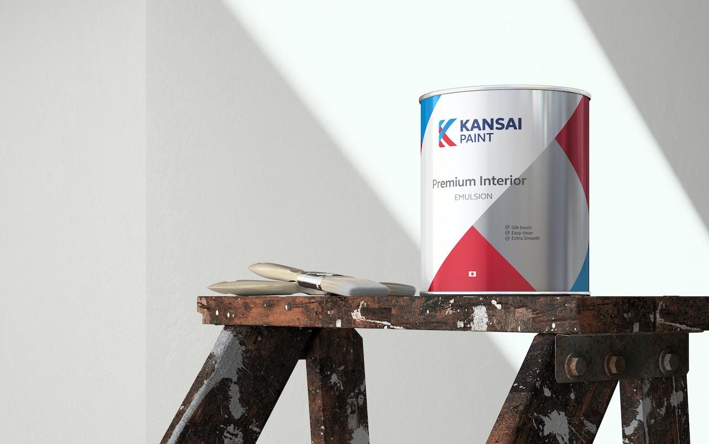 Kainsai paint can on painter's stool